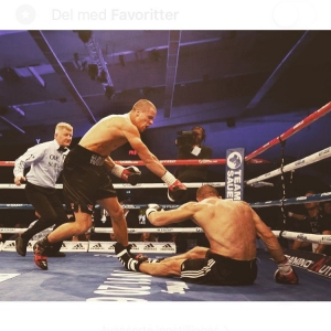 When I step in the ring, I bring everything I have👊💥 #teamhavnaa #KO #sitdownstaydown #teamsauerland #aktivtreningarendal #nutraminonorge #paulsen&sønn  Foto @heivordetgar